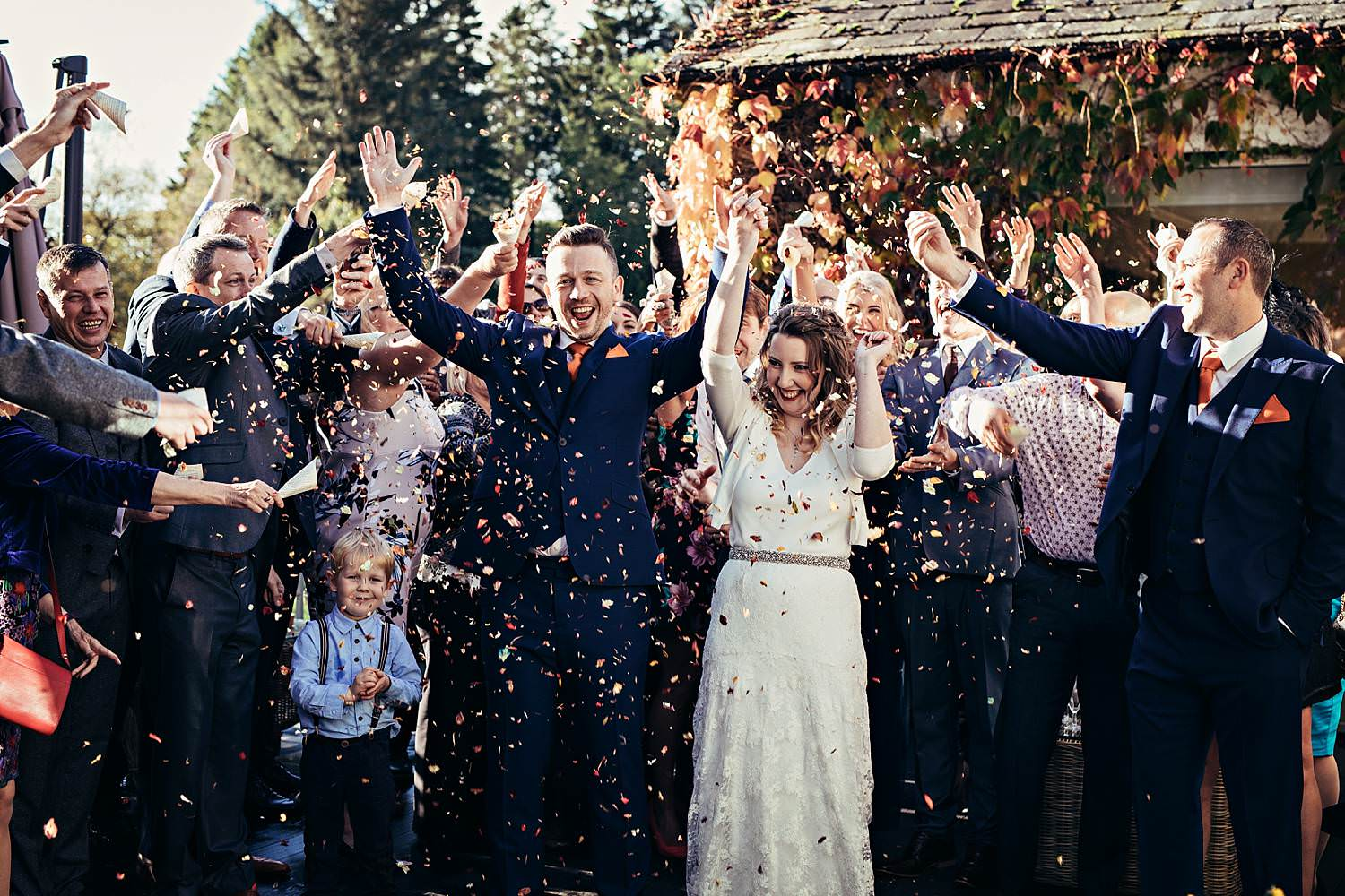 Confetti wedding photography at Gilpin Lake House