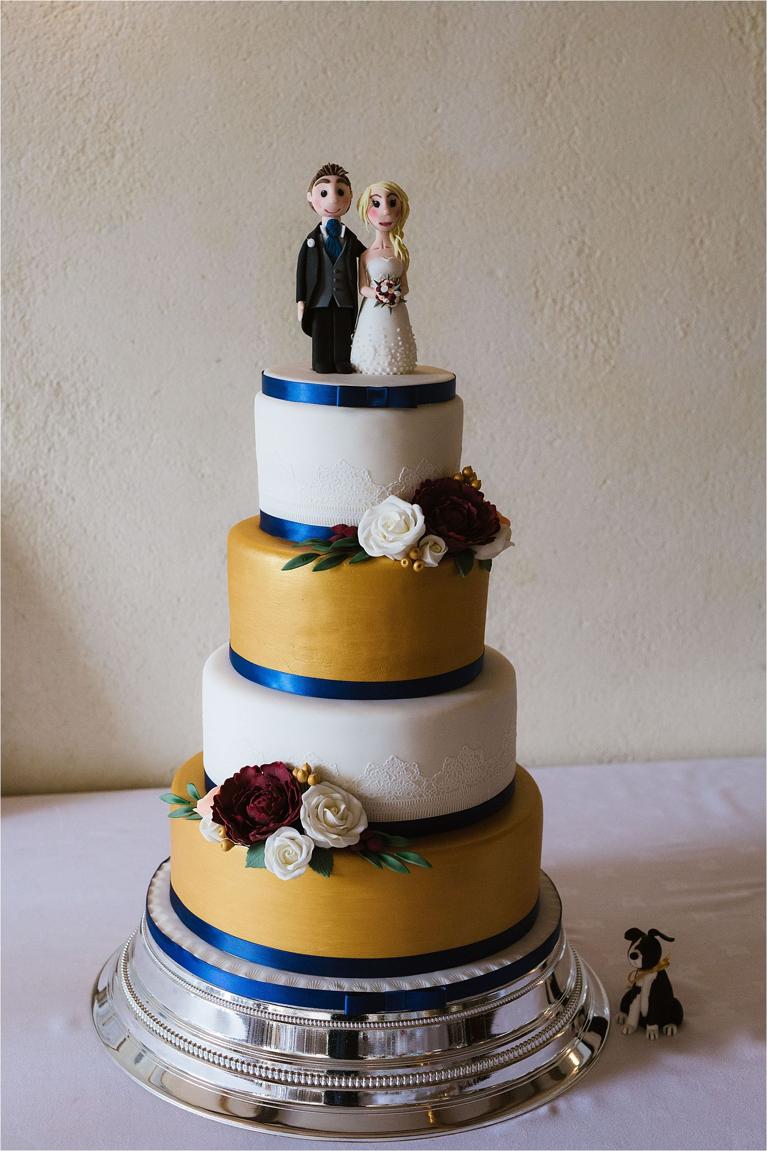 Wedding cake with couple figurines for Belmount Hall wedding